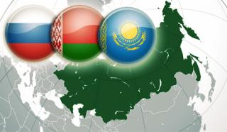 Спустя 3 года войны 22% украинцев по-прежнему предпочитают Таможенный союз с Россией Евросоюзу