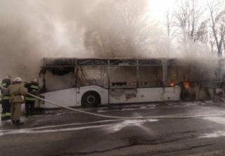 В Винницкой области во время движения вспыхнул пассажирский автобус