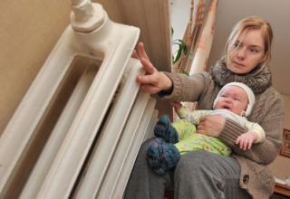В Киеве начались массовые аварии на теплосетях. Более 230 домов отключены от отопления