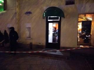 В суши-баре на Печерске неизвестные кавказцы выстрелили посетителю в голову