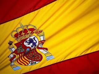 Пока Испания окончательно добивает независимость Каталонии, в Барселоне продолжаются столкновения