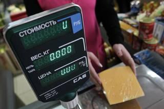 В харьковском супермаркете ветерану АТО посоветовали ждать российских танков в ответ на просьбу обслуживать на украинском языке