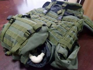 В Сети показали, как легким движением руки «рюкзаки Авакова» превращаются в ворох тряпок