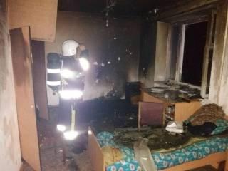 В Каменец-Подольском произошел пожар в общежитии для детей-инвалидов. Спасатели эвакуировали 150 человек
