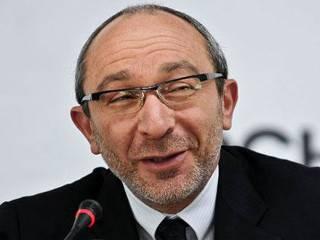 В ответ на критику мэр Харькова грязно выругался прямо на сессии горсовета