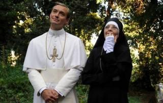 На Интере покажут скандальный сериал «Молодой папа» с Джудом Лоу