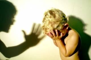 Более тысячи детей в этом году стали жертвами насилия в семье. 15 случаев закончились трагично