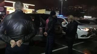 В Киеве задержан автомобиль, в котором находилось 6,5 кг взрывчатки