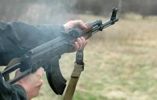 В Попасной украинские военные подстрелили местную жительницу. Поговаривают, что бойцы были пьяны
