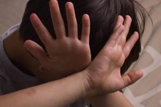 На Днепропетровщине директор реабилитационного центра избила сироту