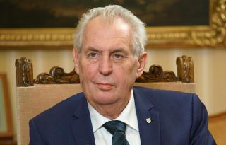 Президент Чехии заявил, что многие европейские политики считают аннексию Крыма «завершенным делом»