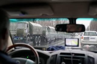 В Луганск вошла большая колонна военной техники из Донецка. Порошенко провел экстренное заседание СНБО