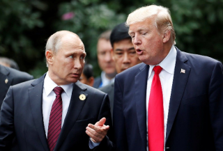 В Белом доме раскрыли подробности телефонных переговоров Путина и Трампа