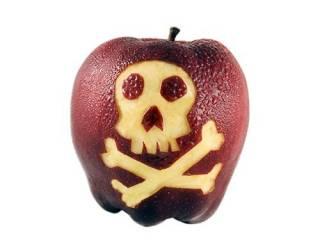Больше всего пестицидов содержится в яблоках и винограде, - эксперты