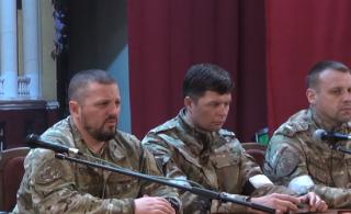 СМИ утверждают, что Плотницкий уехал в Россию, а по словам Корнета в Луганск мог зайти «полк спецназа ВСУ»