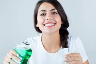 Ученые нашли неожиданную опасность исходящую от ополаскивателей рта