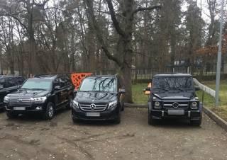 Полиция накрыла сходку криминальных авторитетов в Пуще-Водице. Задержаны 66 человек