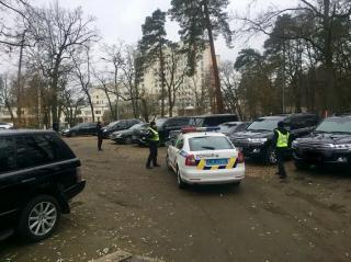 Всех задержанных в Пуще-Водице криминальных авторитетов отпустили