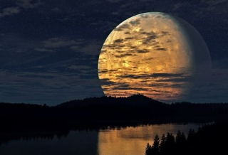 Сегодня ночью Луна удивит своими необычными размерами