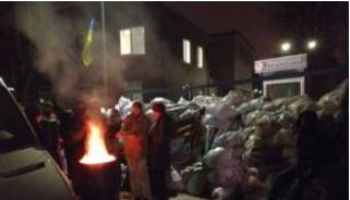 #Темадня: соцсети и эксперты отреагировали на блокирование здания телеканала NewsOne