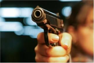 Под Киевом налетчик на ювелирку застрелил охранника