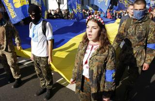 Ктолоббирует уничтожение русского языка вУкраине
