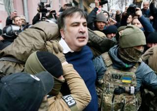 #Темадня: Соцсети и эксперты отреагировали на задержание Саакашвили