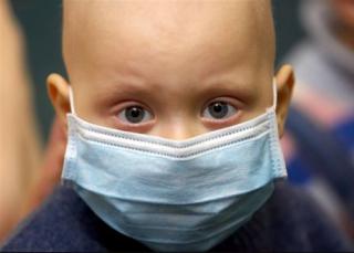 В Николаеве из-за отсутствия оборудования онкобольным детям переливают кровь «на глаз»