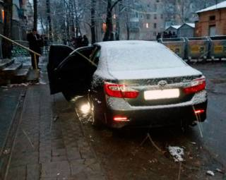 В Харькове неизвестные подорвали автомобиль майора уголовного розыска