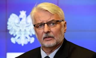 Польша отгораживается от Украины глухой стеной в прямом и переносном смысле