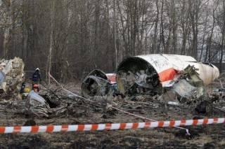В Польше заявили о наличии доказательств, что на борту самолета Качиньского прогремело два взрыва