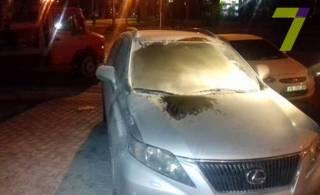 Неизвестные подожгли крутое авто видного одесского чиновника