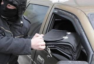 В Киеве неизвестные ограбили помощника нардепа