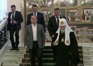 Медведчук и руководители ОРДЛО в резиденции патриарха Кирилла согласовали дату и место обмена «306 на 74»