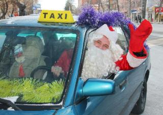 Проехаться на такси в новогоднюю ночь можно будет только по космическим тарифам
