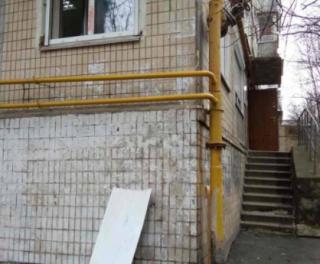 В Киеве ограбили приемную депутата горсовета. Украли самое ценное: исписанные блокноты и планшеты, купленные для детей района
