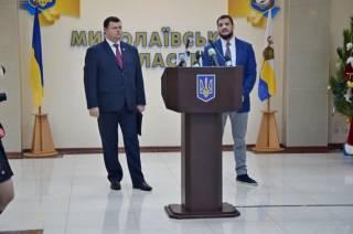 Директор Николаевского аэропорта был схвачен при попытке дачи крупной взятки губернатору