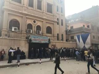 В Египте неизвестные открыли огонь возле церкви. Есть жертвы