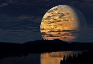 Сразу после Нового года Луна удивит нас своими необычными размерами