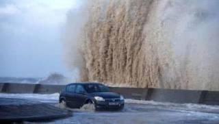 На Европу обрушился мощнейший ураган. Есть погибшие