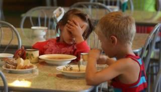В киевском детсаду детишек кормили какой-то непонятной субстанцией