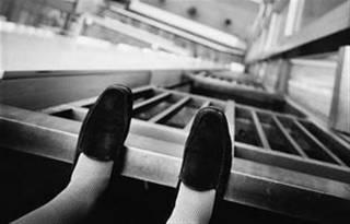 В Мукачево женщина выпрыгнула из окна 5 этажа и исчезла
