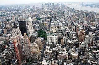 Из-за проблем с климатом Нью-Йорк подал в суд на крупные нефтяные компании