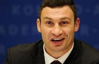 В 2017 году трудолюбивый Кличко умудрился 12 раз сходить в отпуск