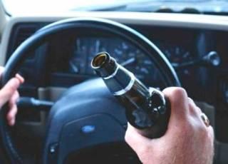 В Житомире пьяный водитель сбил полицейского, пытаясь от него убежать