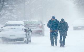 В Украину пришли настоящие снегопады, а к концу месяца мы вспомним о том, что такое настоящие морозы