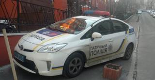 В Киеве героем парковки стал автомобиль патрульной полиции