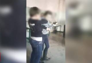 Появилось видео скандального урока в запорожской школе, из-за которого разгорелся конфликт