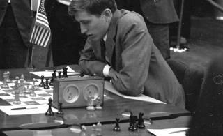 Легенда шахмат Бобби Фишер: Гений симпатизировал нацистам, ненавидел евреев и свою собственную страну