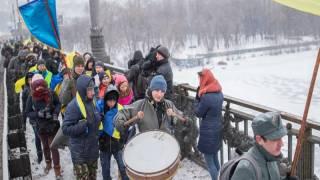 Сегодня украинцы празднуют День соборности. В Киев даже пригнали броневик